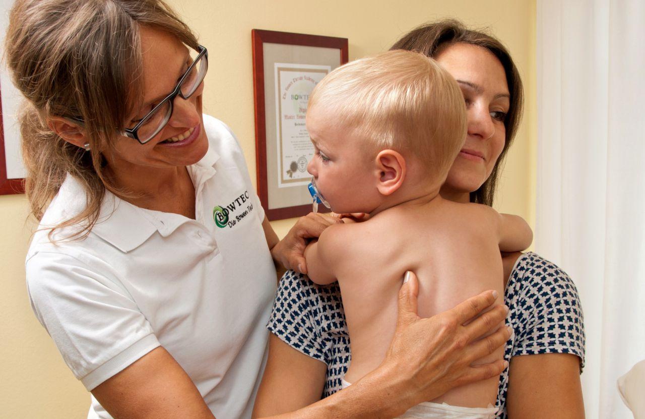 Bowtech Basisgriffe bei Babys und Kleinkinder